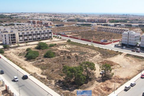 3 bedrooms and 2 bathrooms Apartments For Sale Close to the Villamartin Golf Course (1)