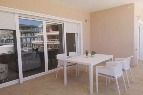 3 bedrooms and 2 bathrooms Apartments For Sale Close to the Villamartin Golf Course (9)
