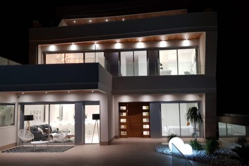 Luxury 4 Bedrooms Villa in Campoamor (23)