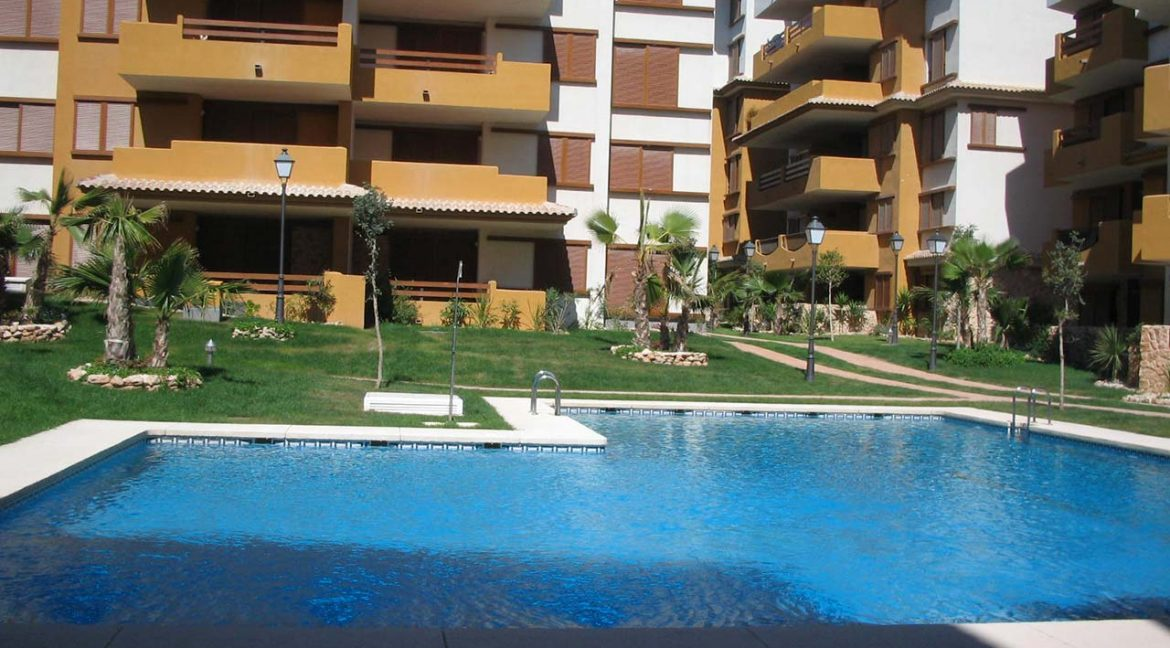 new build 2 and 3 bedrooms apartments for sale in Punta Prima La Recoleta (26)