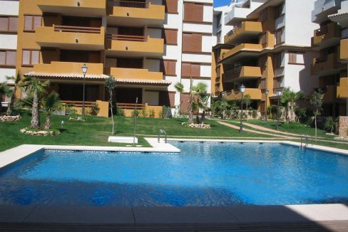 new build 2 and 3 bedrooms apartments for sale in Punta Prima La Recoleta