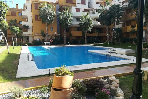 new build 2 and 3 bedrooms apartments for sale in Punta Prima La Recoleta (32)