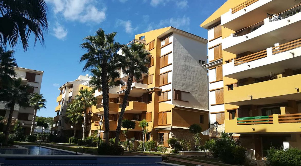 new build 2 and 3 bedrooms apartments for sale in Punta Prima La Recoleta (33)
