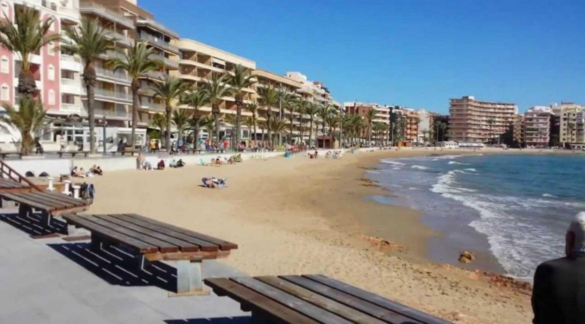 2 And 3 Bedrooms Apartments With Swimming Pool For Sale In Los Balcones – Torrevieja