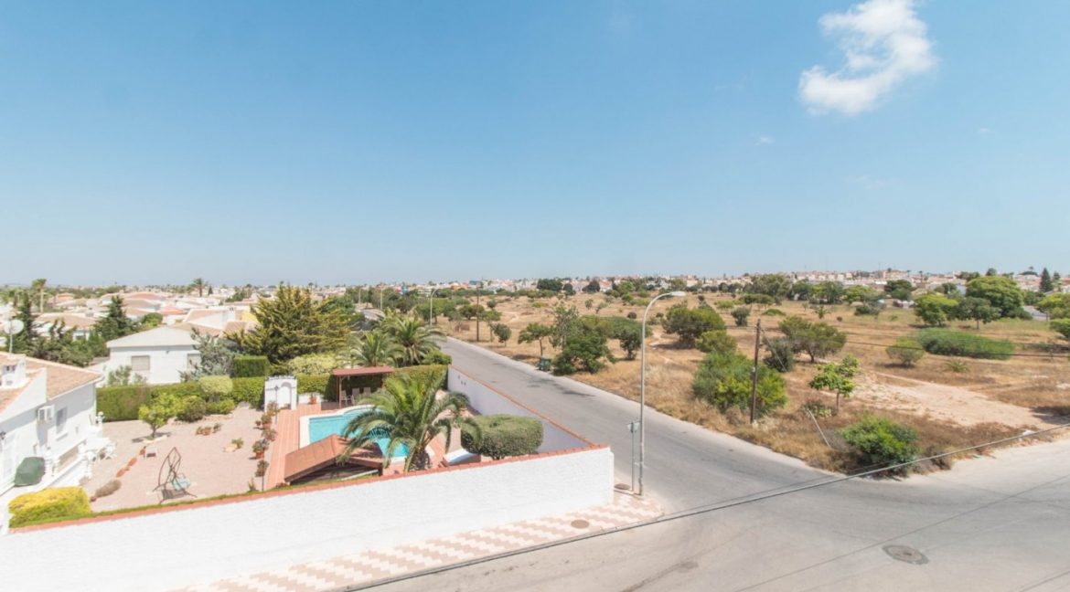 1 Bedroom Apartment In La siesta Area For Sale With Solarium And Storage Room (13)