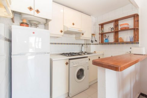 1 Bedroom Apartment In La siesta Area For Sale With Solarium And Storage Room (2)