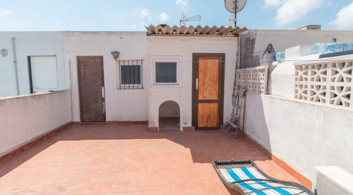 1 Bedroom Apartment In La siesta Area For Sale With Solarium And Storage Room (8)