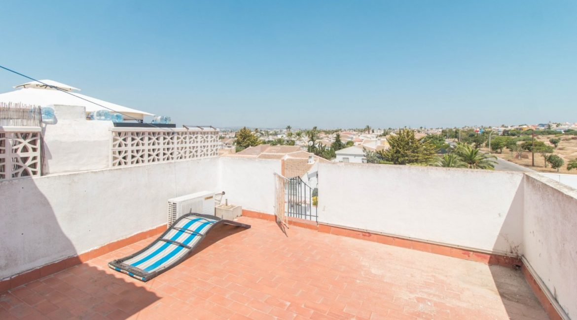 1 Bedroom Apartment In La siesta Area For Sale With Solarium And Storage Room (9)