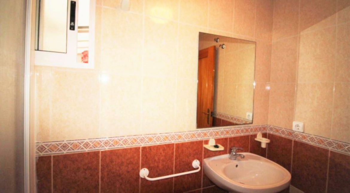 1 Bedrooms Apartment For Sale In Torrevieja (10)
