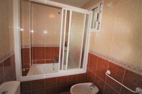 1 Bedrooms Apartment For Sale In Torrevieja (11)
