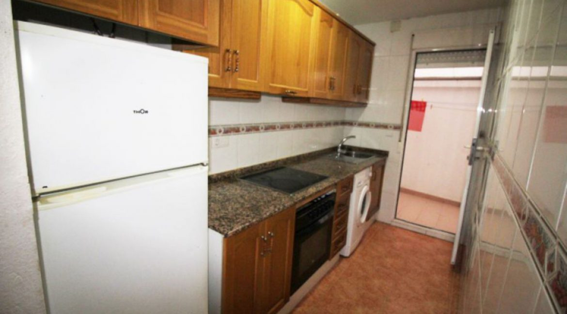1 Bedrooms Apartment For Sale In Torrevieja (9)