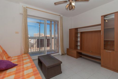 1 bedroom Apartment For Sale With Swimming pool in La Mata (1)