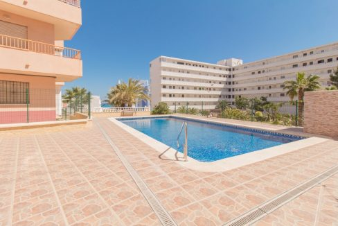 1 bedroom Apartment For Sale With Swimming pool in La Mata (13)