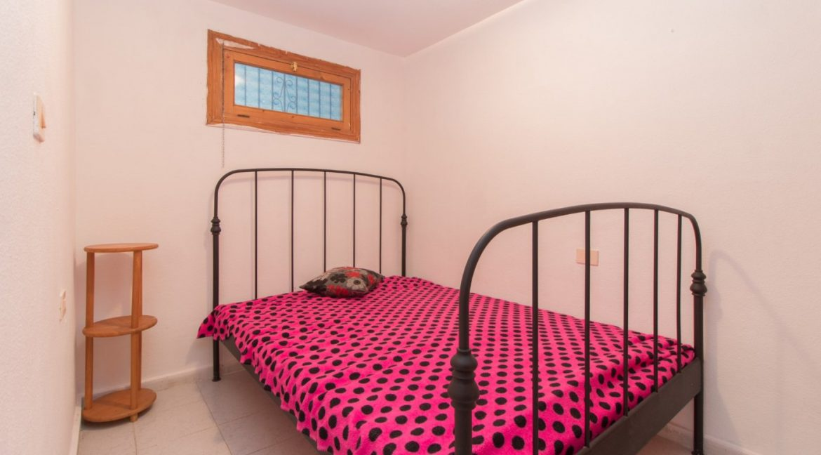 1 bedroom Apartment For Sale With Swimming pool in La Mata (4)