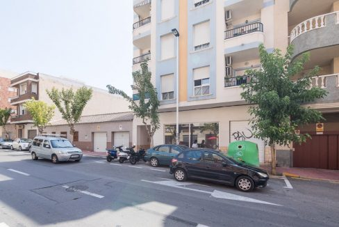 2 Bedrooms Apartment For Sale in Torrevieja With Swimming Pool (10)