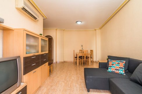 2 Bedrooms Apartment For Sale in Torrevieja With Swimming Pool (17)