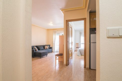 2 Bedrooms Apartment For Sale in Torrevieja With Swimming Pool (18)