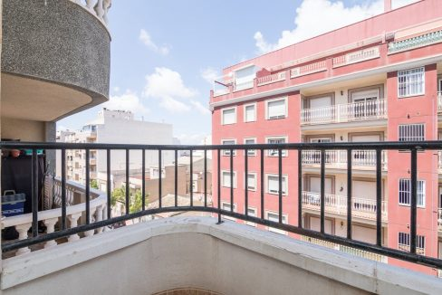 2 Bedrooms Apartment For Sale in Torrevieja With Swimming Pool (3)