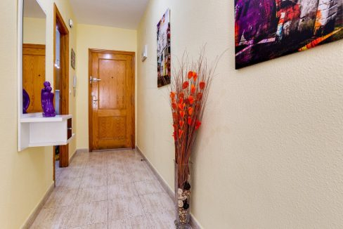 2 Bedrooms Apartment For Sale in Torrevieja near El Cura Beach (16)