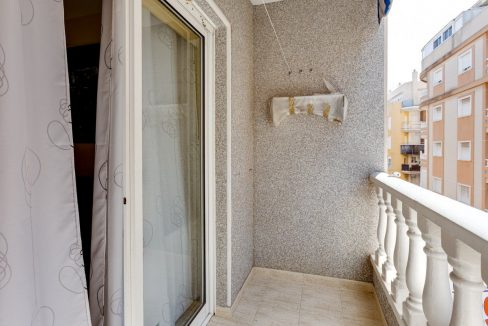 2 Bedrooms Apartment For Sale in Torrevieja near El Cura Beach (18)