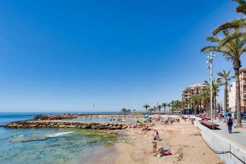 2 Bedrooms Apartment For Sale in Torrevieja near el Cura Beach (2)