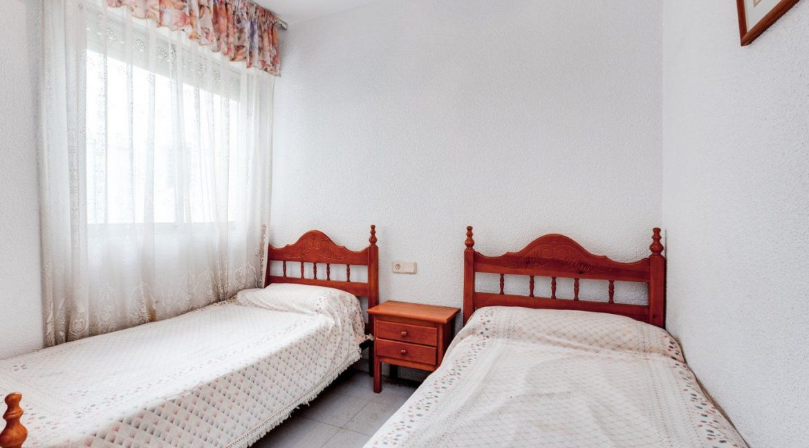 2 Bedrooms Apartment For Sale in Torrevieja near el Cura Beach (22)