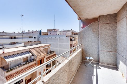 2 Bedrooms Apartment For Sale in Torrevieja near el Cura Beach (28)