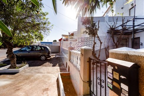 2 Bedrooms Bungalow For Sale With Terrace and Porch In Torrevieja (21)