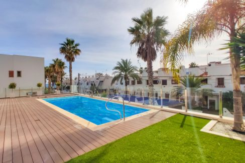 Apartment with sea views for sale in La Veleta, Mar Azul, Torrevieja (17)
