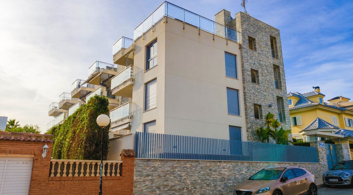 Apartment with sea views for sale in La Veleta, Mar Azul, Torrevieja (23)