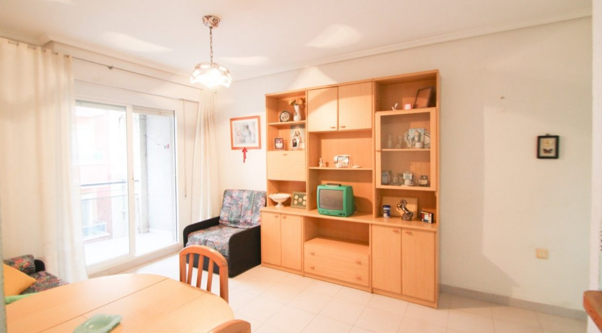 one Bedroom Apartment For Sale In Torrevieja (13)