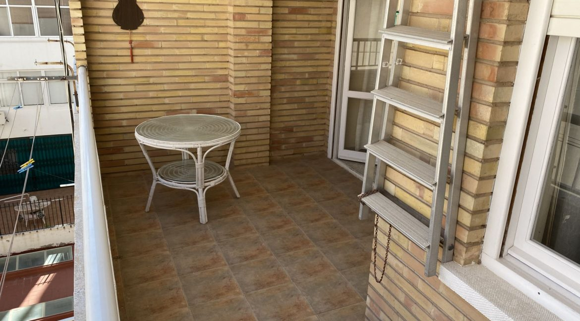 2 Bedrooms Apartment in The Beach (16)