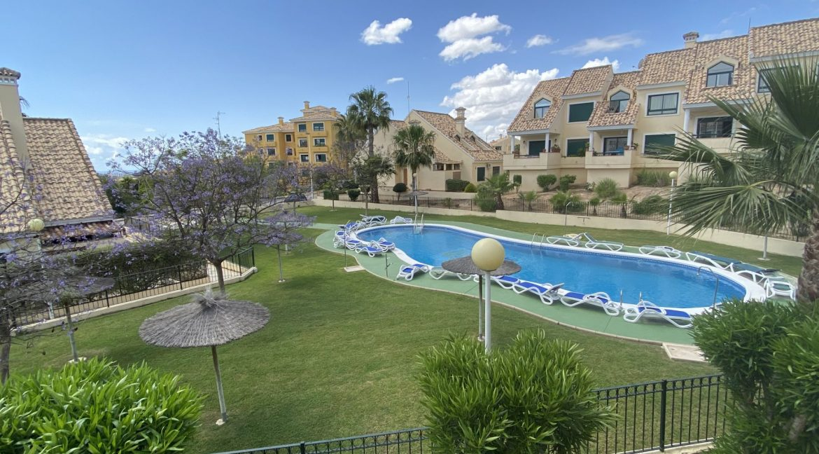 3 Bedrooms Townhouses for Sale with Pool inside the Gold Course (26)