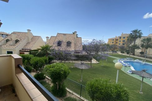 3 Bedrooms Townhouses for Sale with Pool inside the Gold Course (4)