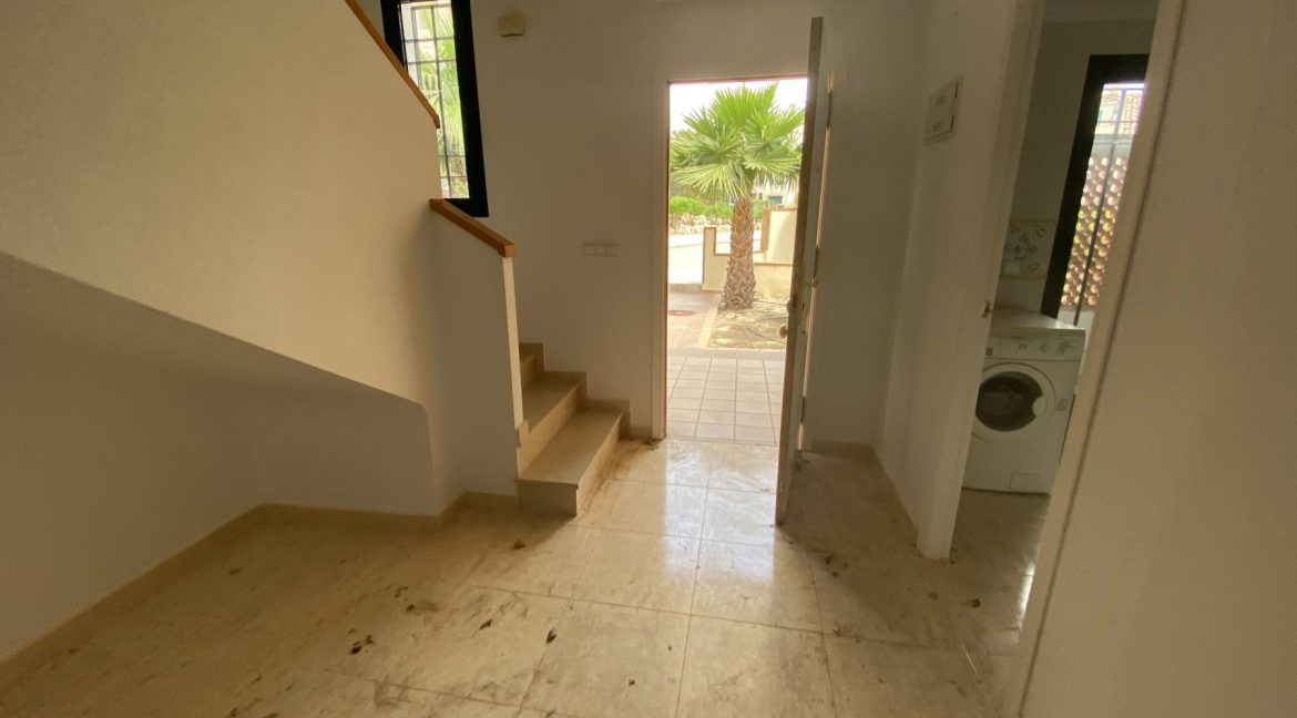 3 Bedrooms Townhouses for Sale with Pool inside the Gold Course (50)