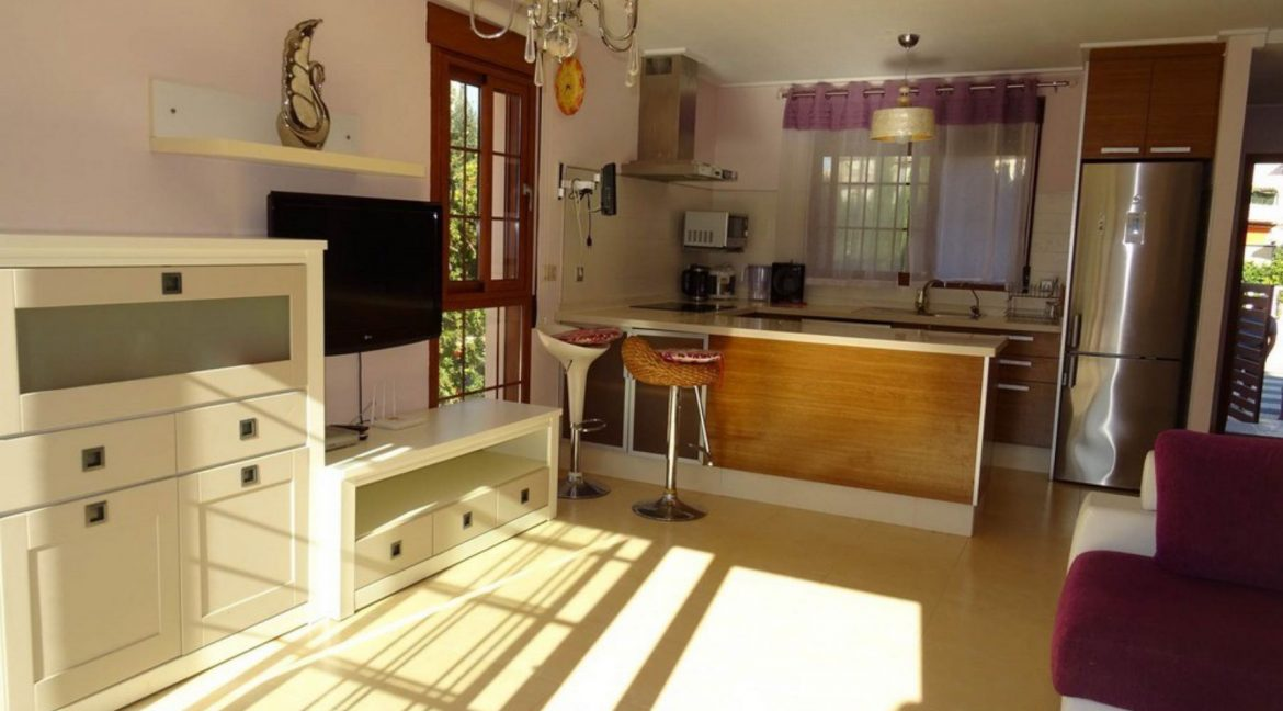 3 Bedrooms Villa For Sale with Swimming Pool in Orihuela Costa (1)