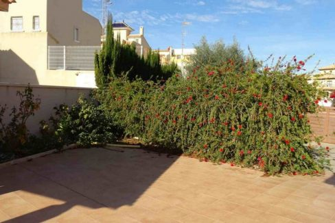 3 Bedrooms Villa For Sale with Swimming Pool in Orihuela Costa (16)