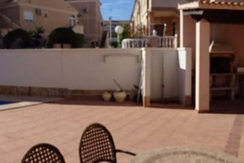 3 Bedrooms Villa For Sale with Swimming Pool in Orihuela Costa (42)