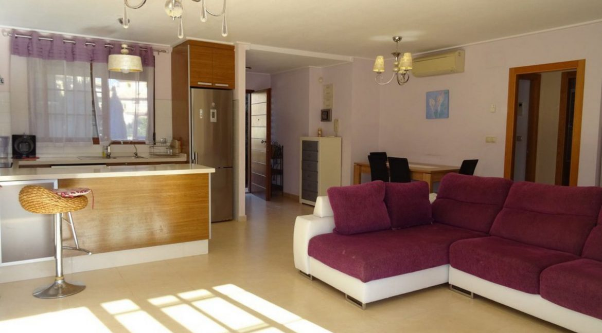 3 Bedrooms Villa For Sale with Swimming Pool in Orihuela Costa (55)