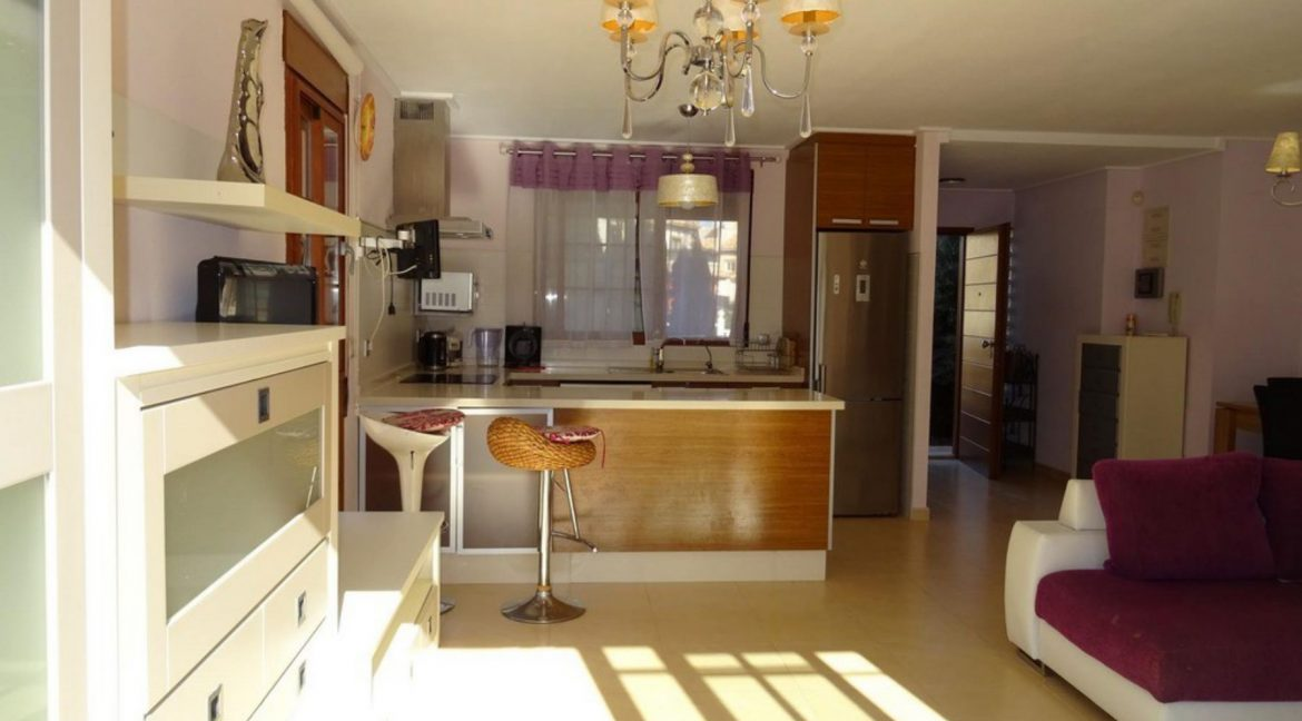 3 Bedrooms Villa For Sale with Swimming Pool in Orihuela Costa (57)