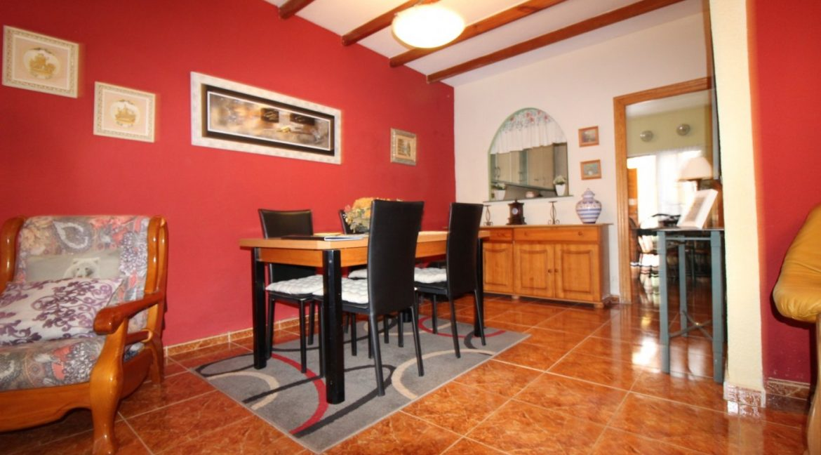 4 Bedrooms Duplex For Sale in Torrevieja With Solarium (11)