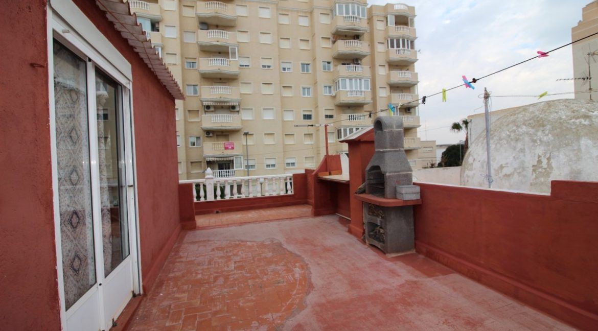 4 Bedrooms Duplex For Sale in Torrevieja With Solarium (26)