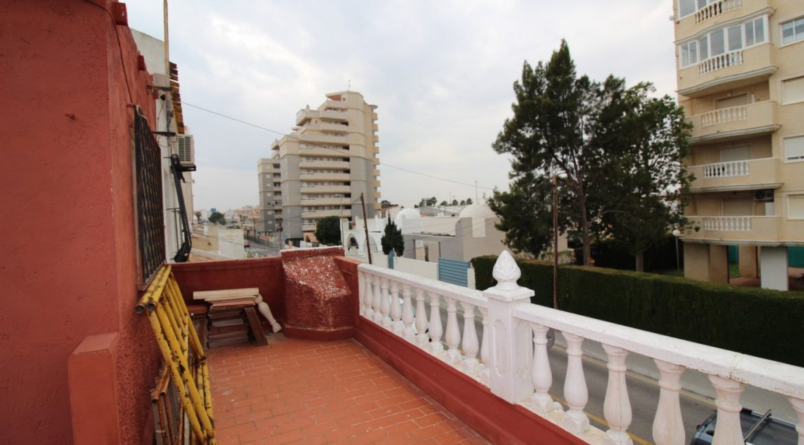 4 Bedrooms Duplex For Sale in Torrevieja With Solarium (41)