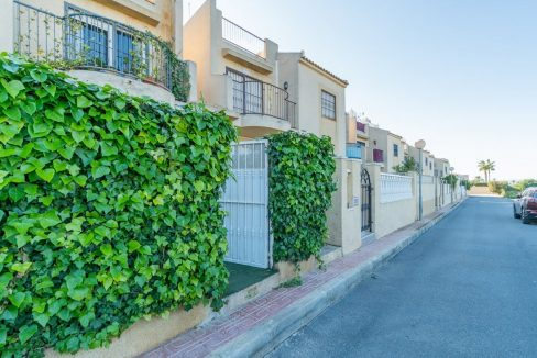 3 Bedrooms Bungalow For Sale in Torrevieja (12)
