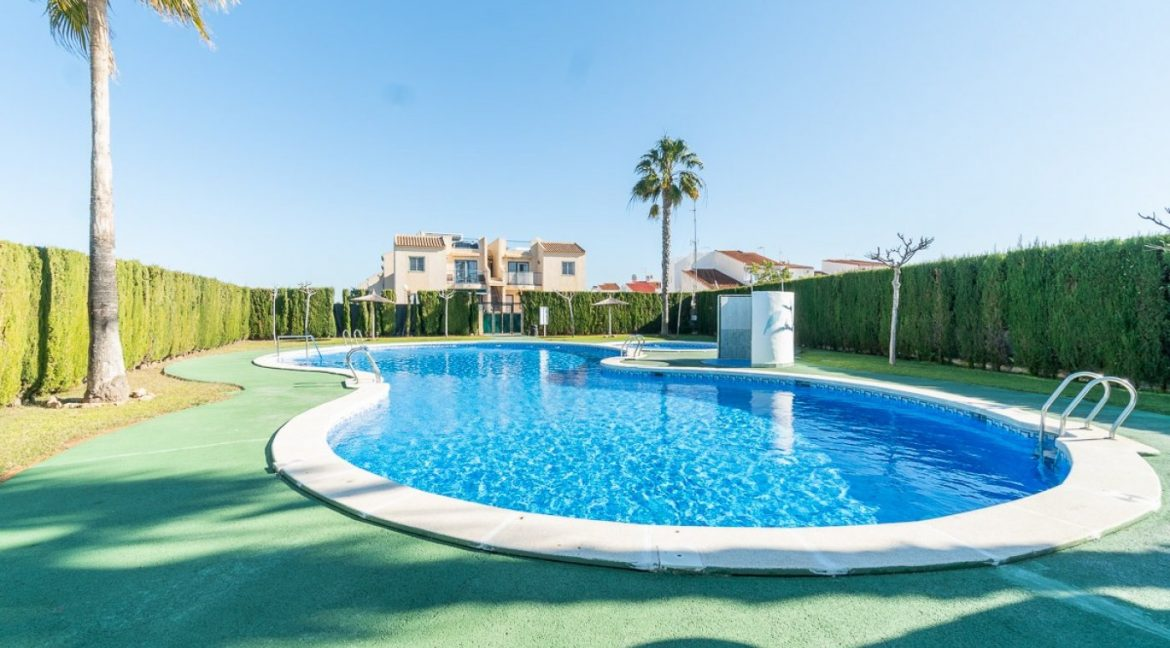 3 Bedrooms Bungalow For Sale in Torrevieja (13)