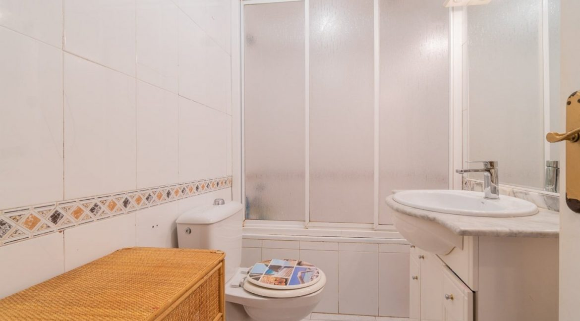 3 Bedrooms Bungalow For Sale in Torrevieja (7)