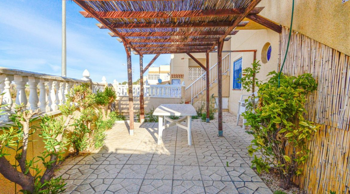 3 Bedrooms Bungalow with Solarium For Sale in Torrevieja (14)