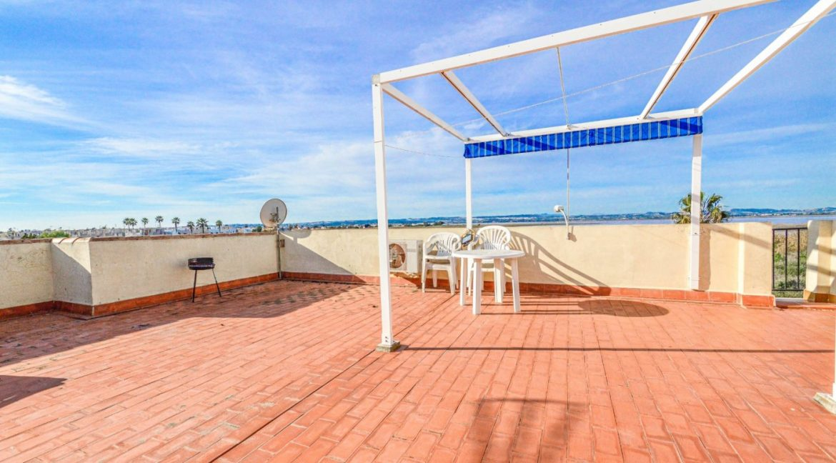 3 Bedrooms Bungalow with Solarium For Sale in Torrevieja (18)