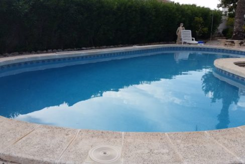 4 Bedrooms Villa For Sale with Swimmimg Pool in Torrevieja (14)
