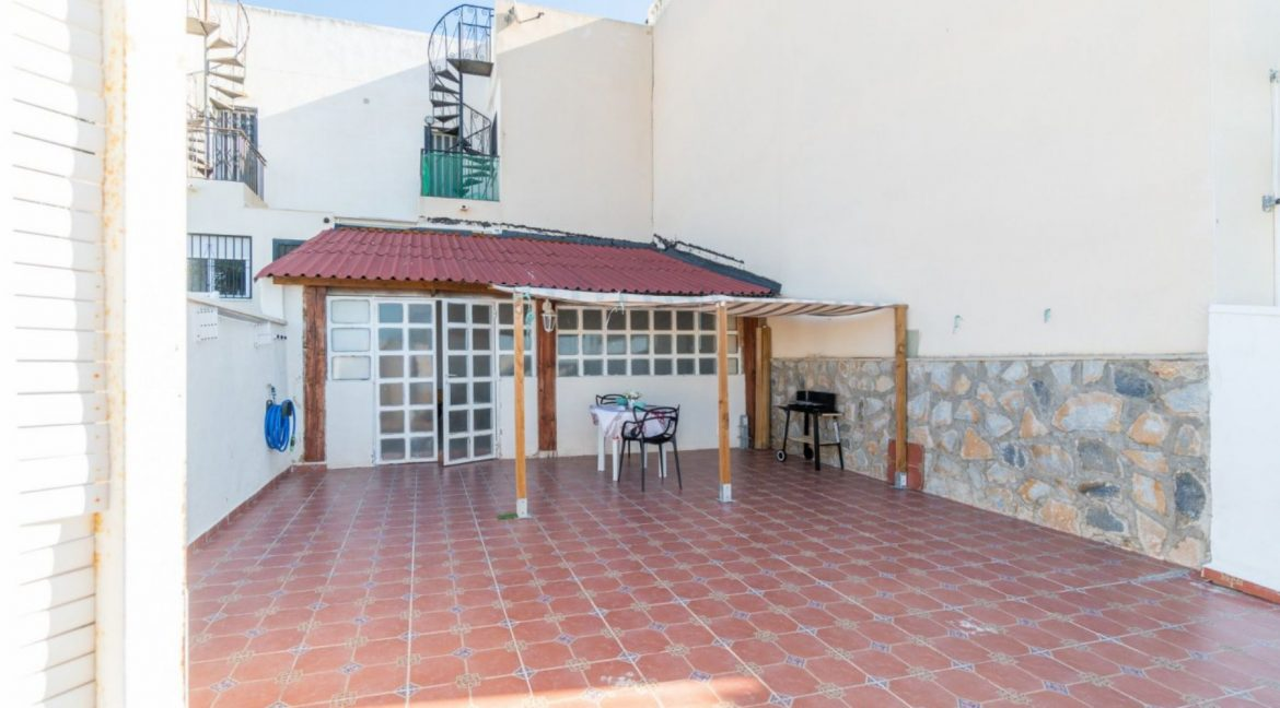 2 Bedrooms Bungalow For Sale Close to Zenia Boulevard and Flamenca Beach (14)